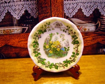 Brambly Style Miniature Plate for Dollhouse 1:12 scale