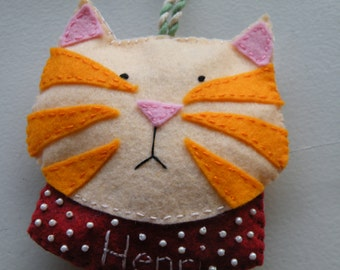 Custom/Personalized Cat Ornament, wool felt, christmas, hand-stitched