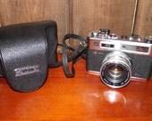 Yashica Electro 35 Fim Camera circa 1960s