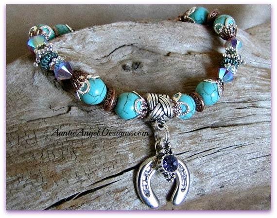 Horse lover bracelet, horseshoe sympathy bracelet, horse lover memorial, horse mom gift, equine jewelry, loss of horse, horse show bracelet