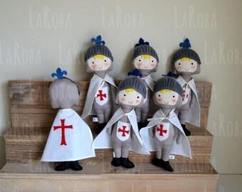 Rag doll: medieval knight