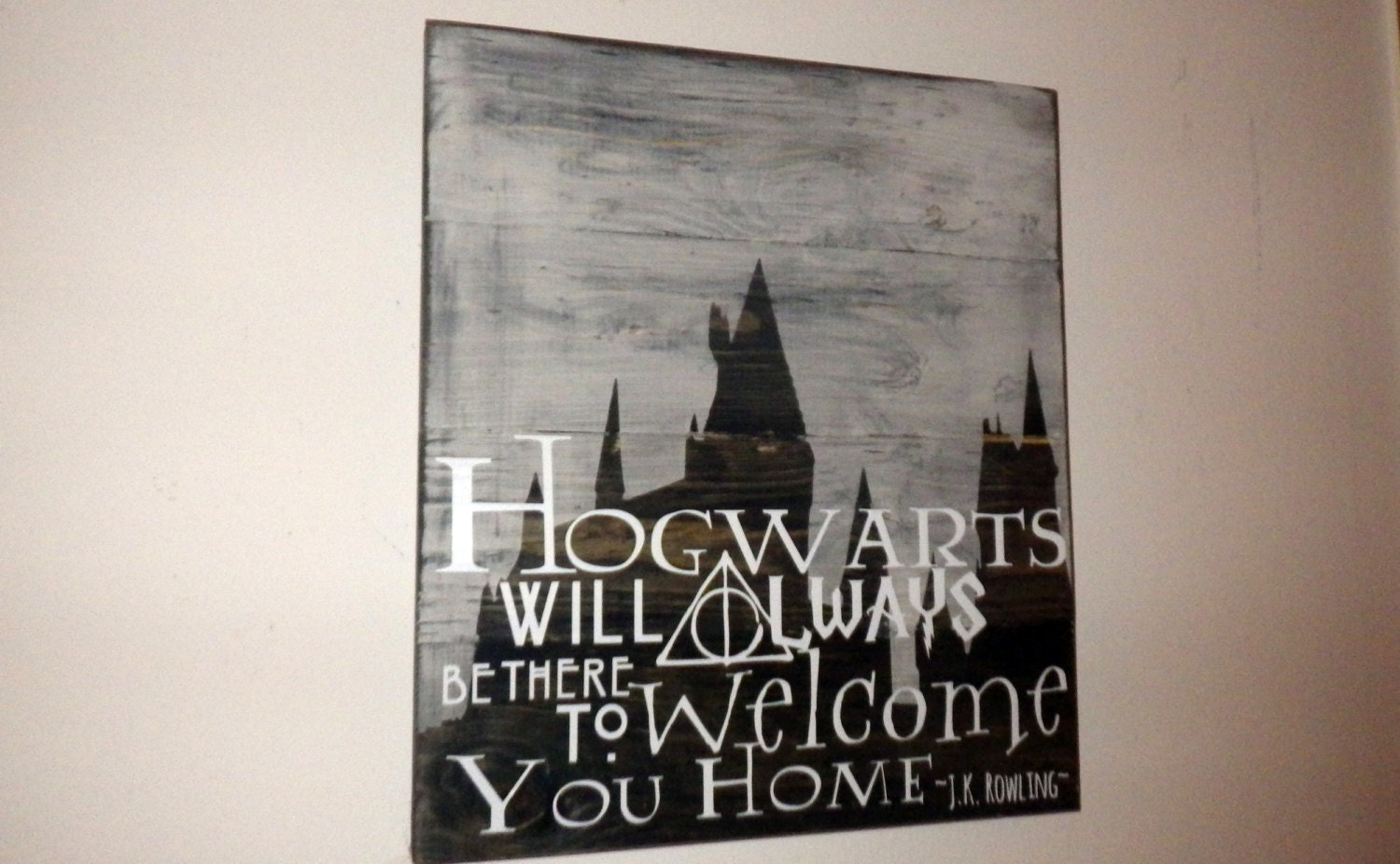 Harry potter home decor wood sign hogwarts will for Harry potter home decorations