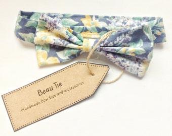 Baby boys bow tie, baby bow tie, vintage floral baby boy bow tie, blue boys bow tie