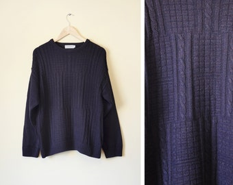 Vintage cable knit oversized navy jumper M
