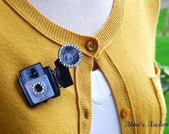 Vintage Camera Brooch Pin