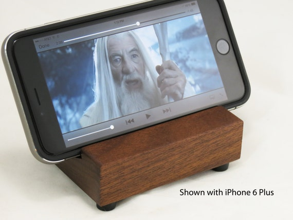 iPhone 6 / 6 Plus Movie Stand with Rubber Feet - Walnut