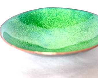 Green Ring Dish - Enameled Bowl - Small Trinket Dish - Enameled Dish - Jewellery Storage - Bowl For Dips - Pinch Bowl