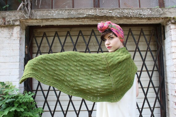 Knitting Pattern: Drop Stitch Shawl