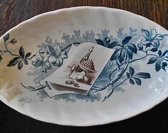 Beautiful French antique pickle dish from CREIL & MONTEREAU Factory circa 1900