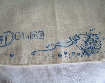 Vintage Embroidered Linen Doily Doilies Storage Holder with Sweet Flower Basket Design