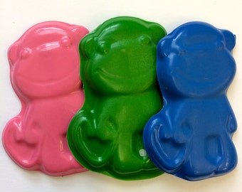 10 sets of 3  Zoo Jungle Mod Monkey Crayons -  Birthday Party Favors