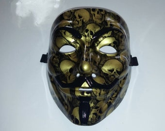 Thick Resin High Quality Gold Skulls Guy Fawkes Anonymous Mask