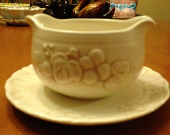 Sixties California MetloxPoppy Trail Cream Colored Gravy Bowl