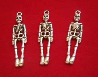 """10pc """"skeleton body"""" charms in antique silver style (BC437)"""