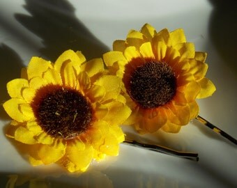 Set of 2 yellow sunflower  Bobby Pin , Spring and Summer Hair Clip, Sunflower Wedding Bridesmaid Gift , Flower Hair Accessory By Rio's bows