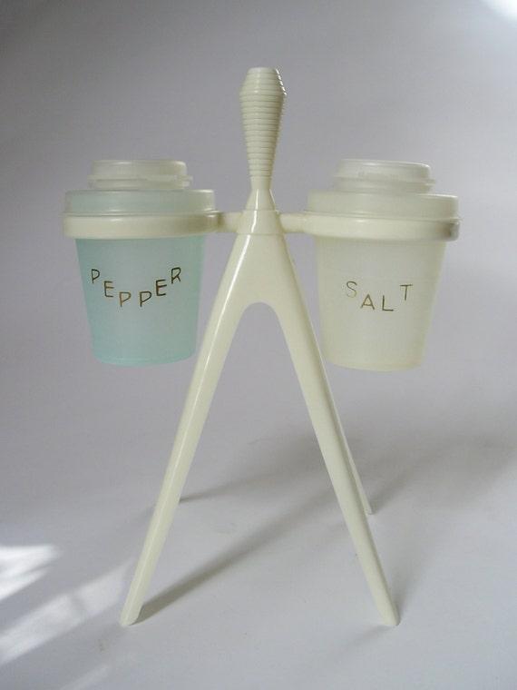 Vintage tupperware salt pepper shaker atomic stand - Toothpick shaker ...