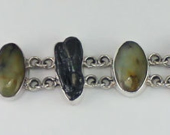 Stone with Pearl Bracelet