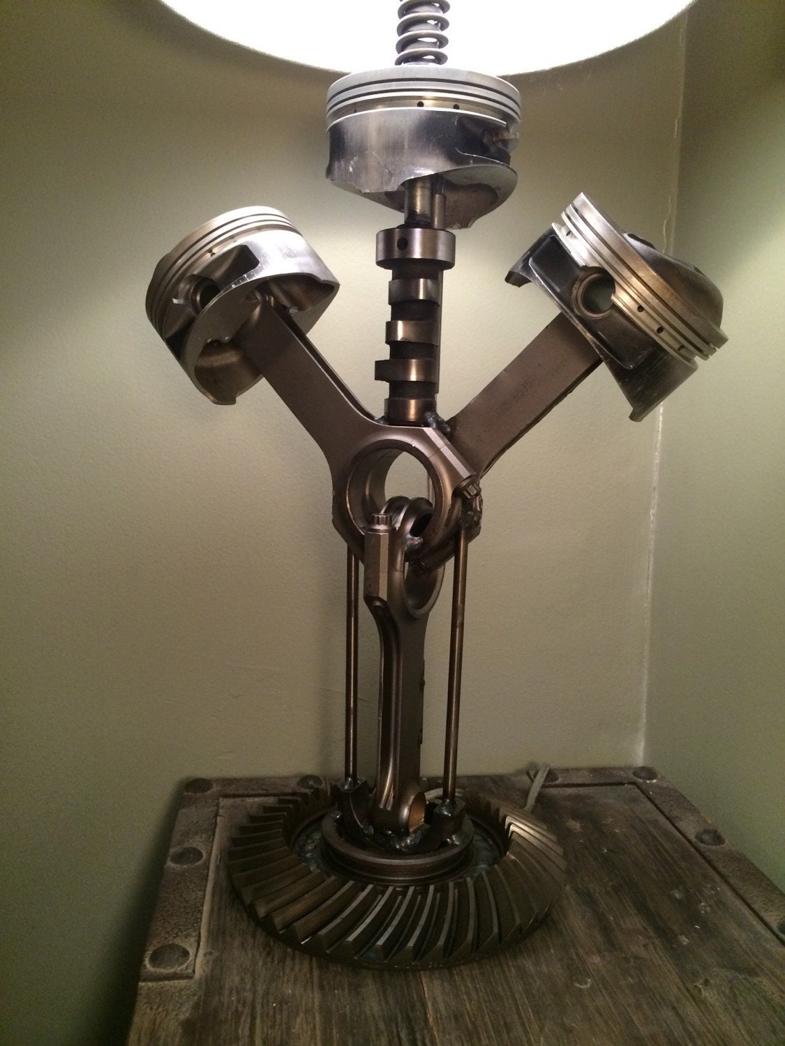 Hand crafted table lamp using repurposed engine car parts for Lampe deco interieur