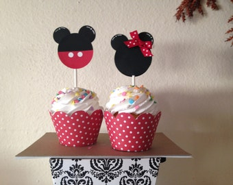 Mickey and Minnie Mouse cupcake topper and wrapper
