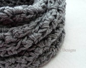 Crochet Light Grey Shell Cowl, Handmade Crochet Scarf, Cowl Scarf, Loop Scarf, Circle Scarf, Neck Warmer, CR1027