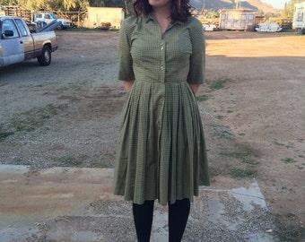 Classy Green 50's Gingham Dress
