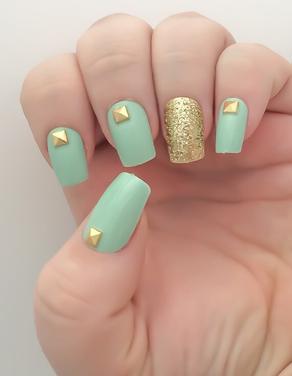 Mint Fake Nail Set Studded False Nails Glitter Acrylic
