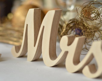 Mr&Mrs Wedding sign script. Custom wooden wedding table decor signs Mr and Mrs