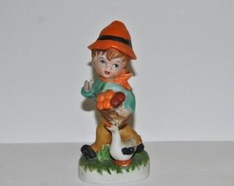 Vintage 1960's kitsch figurine 'Boy with goose' - Cute little retro figurine