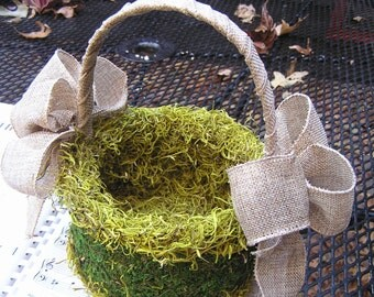 Flower Girl Basket, Rustic Wedding Basket, Moss Basket, Burlap Basket, Outside Wedding, Country Wedding, Garden Wedding Basket, Wicker Decor
