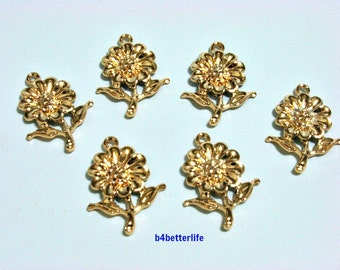 "Lot of 24pcs ""Sunflower"" Gold Color Plated Metal Charms. #XX332."