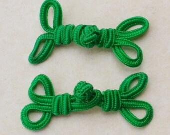 Green frog closure. 2 Loops. Set of 2