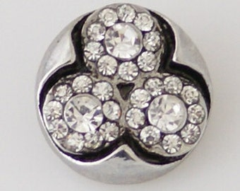 Clearance ~ KB7898  Modern Charm w 3 Crystal Clover Leaves Set in Black on Silver Disk