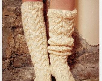 Wool socks. Hand knit slipper socks. Bed socks. House socks. Autumn winter. Gift for her.
