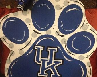 University of Kentucky Wildcats Door Decor, UK Door Hanger, UK Wreath, Kentucky Wildcat Wreath,Wildcat Door Decor, Paw Wreath, UK Door Decor