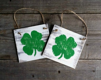 Distressed Rustic Wooden Shamrock Signs, St. Patricks Decor, Grungy Primitive St Patricks Signs, Wooden Shamrock Door Hanger, Set of 4