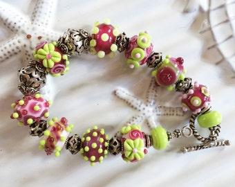 Merlot and Lime Handmade Lampwork Beaded Bracelet 8 1/4 Inches