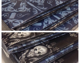Damask print wrapping paper