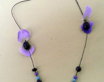 romantic,purple necklace with beads and flowers