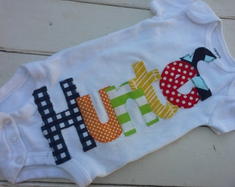 boys Personalized appliqued baby name onesie baby shower gift- navy chevron applique name onesie