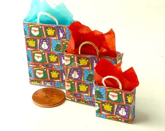 Christmas gift bags dollhouse miniatures 1/12 scale.