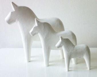 White wood Swedish Genuine Dala Horse set trio scandinavian art home decor ornament handmade