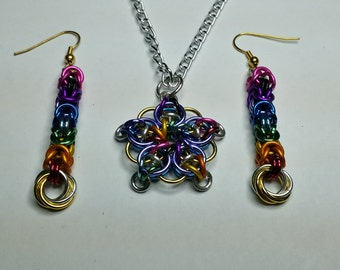 Chainmaille Celtic star pendant and matching earrings, reversible
