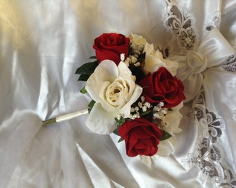 Red & Ivory Bridesmaid Bouquet