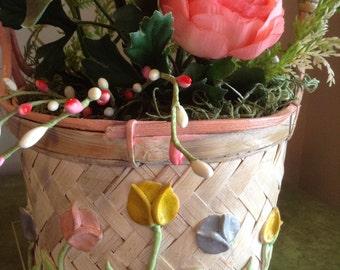 Floral Basket Arrangement,  Easter Flower Basket, Spring Flowers, Ranaunculus Flowers, Flower Easter Basket, Peach Flower Arrangement