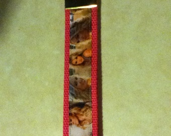 Carry Underwood ( Country music ) key chain, zipper pull, wristlet, key fob holder