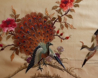 Gorgeous Vintage Chinese Silk Embroidery Picture 27 x 18