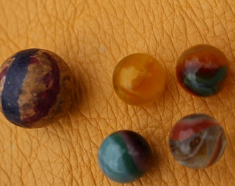 Lot of 5 Marbles - Commie, Vitro, End of Day Swirl ?