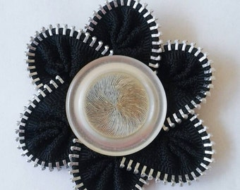 Zipper Flower Brooch- White Button