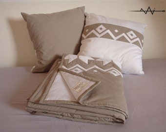 Sofa quilt with stars, white and beige, nordic style, REVERSIBLE.