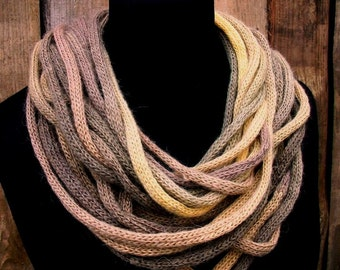 Knitted scarf.Women.